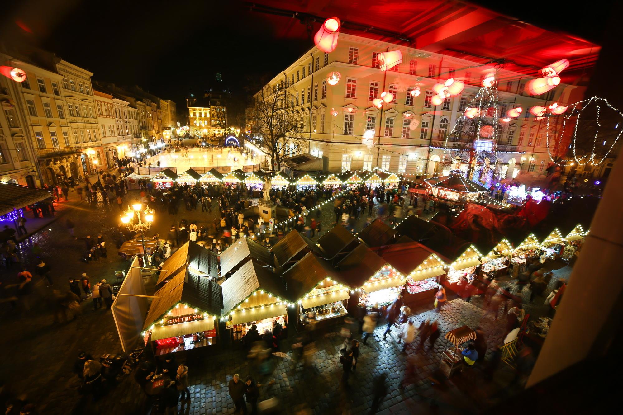Різдвяний ярмарок © yarmarok.lviv.ua