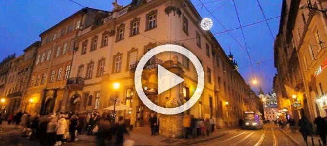 Романтична історія у Новорічному Львові (відео)