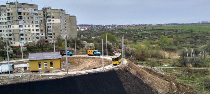 Перший пішов: У Львові протестували сихівський трамвай на повному маршруті (відео)