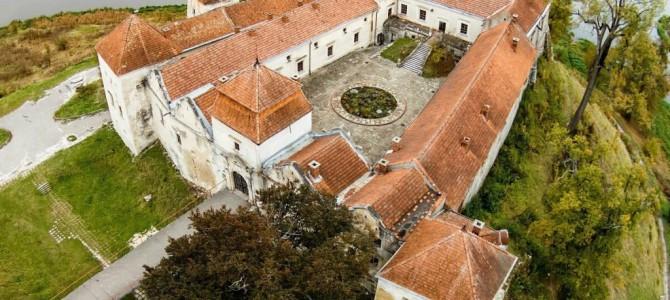 Топ-5 маловідомих замків Львівщини, які варто відвідати