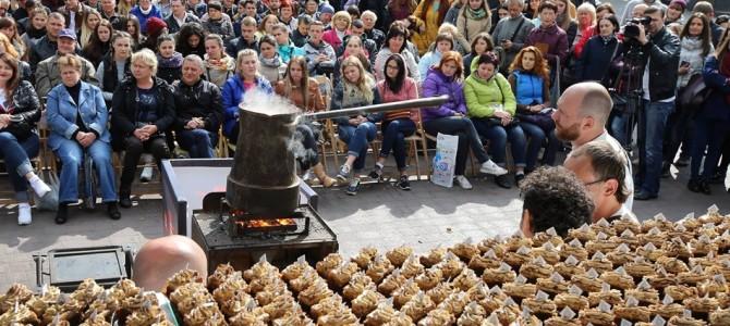 Кава у гігантській джезві та львівський торт: у місті стартував Lviv Coffee Festival