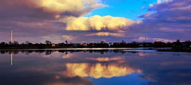 Чорно-біле море поруч Львова: весна, літо, осінь, зима і знову весна