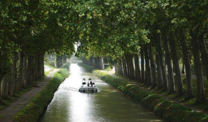 Лангедокський канал, Франція