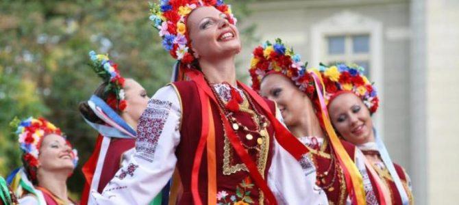 """""""Дим сигарет з ментолом"""": ці українські пісні росіяни привласнили собі"""