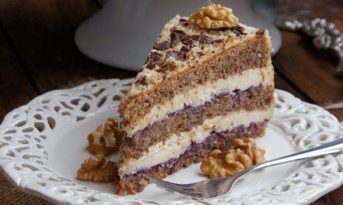 Рецепт вихідного дня: горіховий торт з кавовим кремом