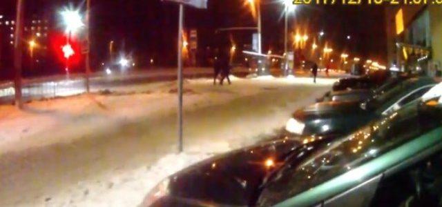 На Сихові водійка прокляла патрульних за виписаний штраф (відео)