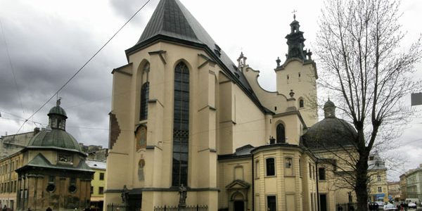Розклад Різдвяних богослужінь у римо-католицьких храмах м. Львова