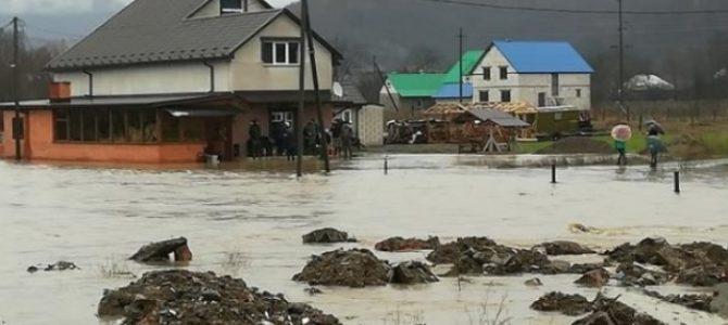 Масштаби жахають: Паводок на Іршавщині (відео, фото)