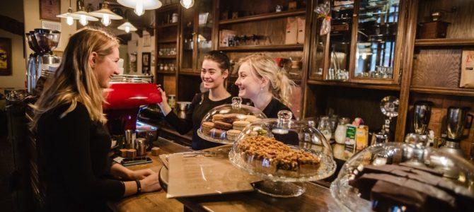 Без кави нема забави: кавовий культ у Львові