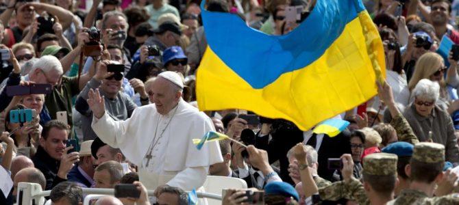 Папа Римський розповів, як починає і закінчує свій день по-українськи