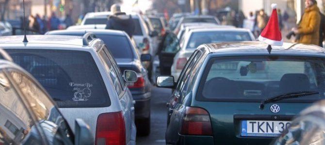 Власники авто на єврономерах повинні доплатити – Гройсман