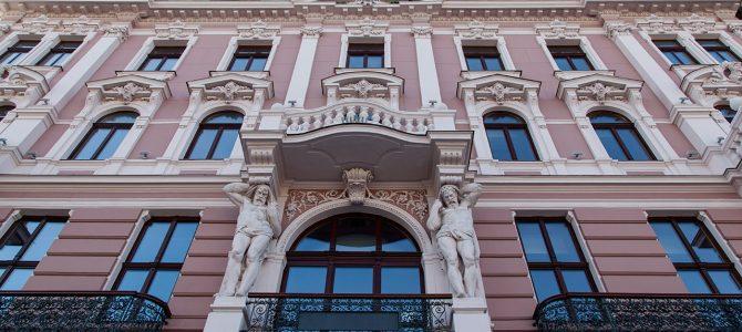 """15 цікавих фактів про львівський """"Ґранд-готель"""""""