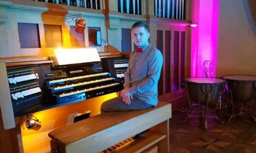 «Не існує старовинної музики без сучасної»: органіст Ігор Сікорський про те, чому львів'янам пощастило з Органним залом