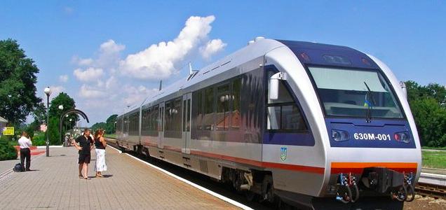 Замість маршруток – міський залізничний транспорт. Львів'янин запропонував альтернативу