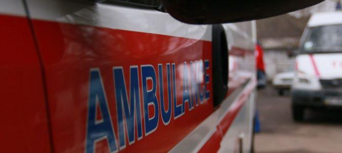 У Львові швидка збила на тротуарі матір з дитиною