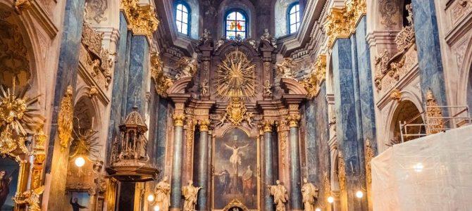 Топ-10 найвідоміших храмів Львова (30 фото)