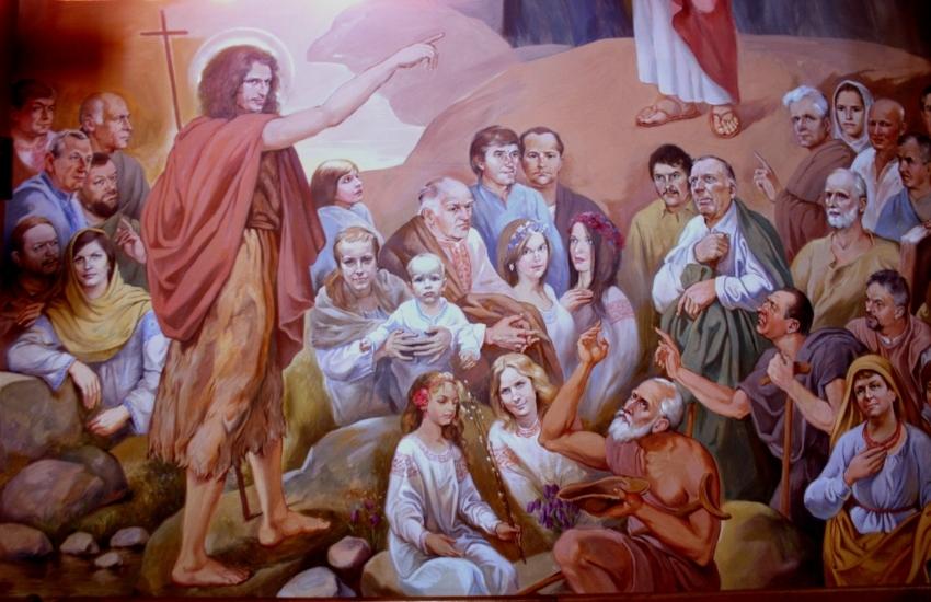 Святі у вишиванках та сотники УПА на стелі: унікальна церква на Львівщині не перестає дивувати туристів