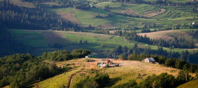Туристу на замітку: 10 місць у Карпатах, де варто побувати (фото)