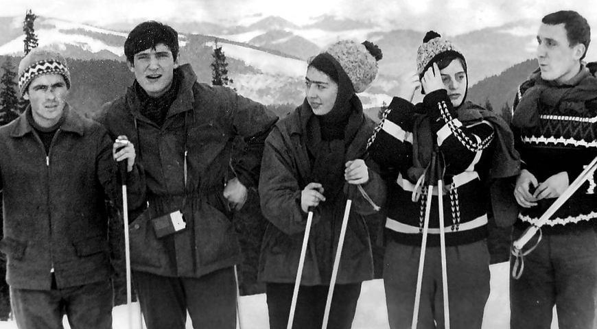 «Я піду в далекі гори...». Володимир Івасюк безмежно любив Карпати