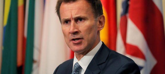 """Голова МЗС Британії – Зеленському: Тепер ви будете """"слугою народу"""""""