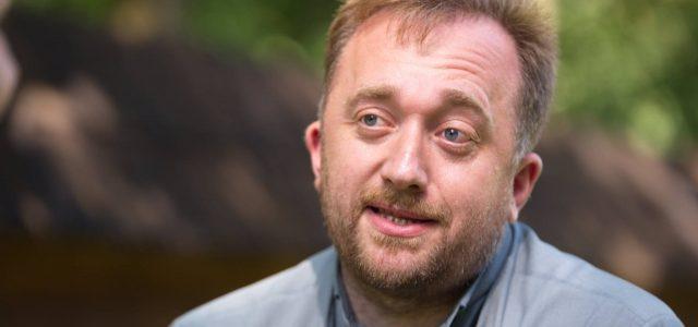 Отець Юстин Бойко радить постити від соціальних мереж
