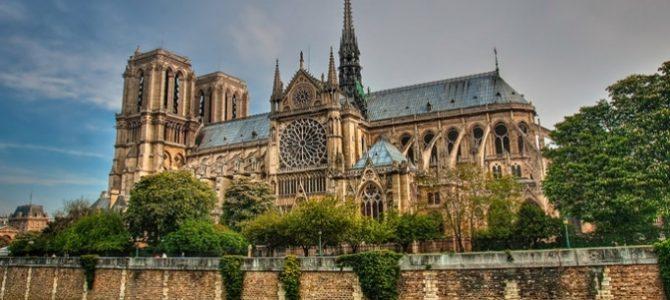Світ вже не буде колишнім. Львів'яни згадують, яким був собор Паризької Богоматері до пожежі (фото)