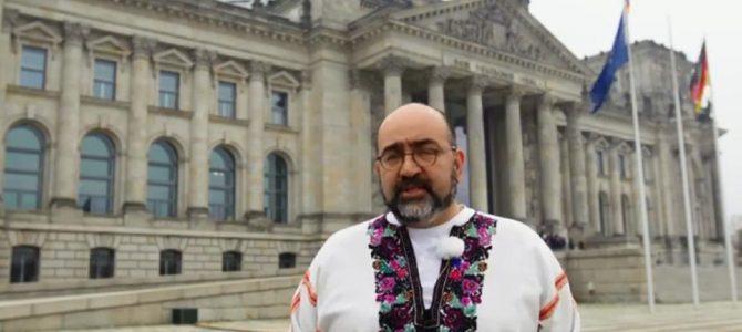Європейські депутати вдягнули вишиванки на знак підтримки України