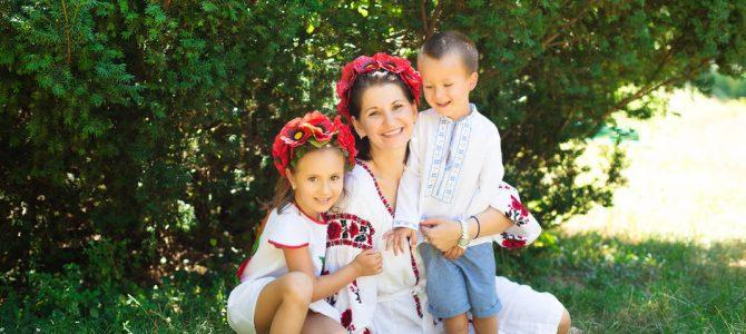 Найкращі українські пісні про маму, від яких мурашки по шкірі