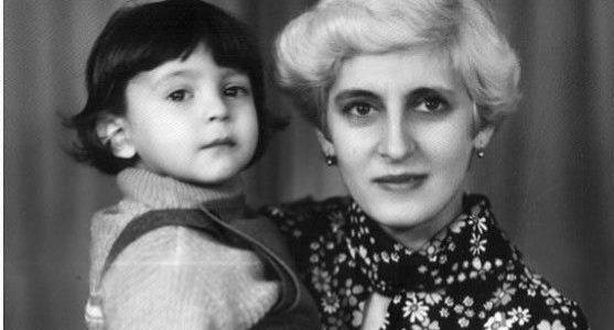 """""""Для них ми назавжди діти"""": Зеленський привітав українок з Днем матері"""