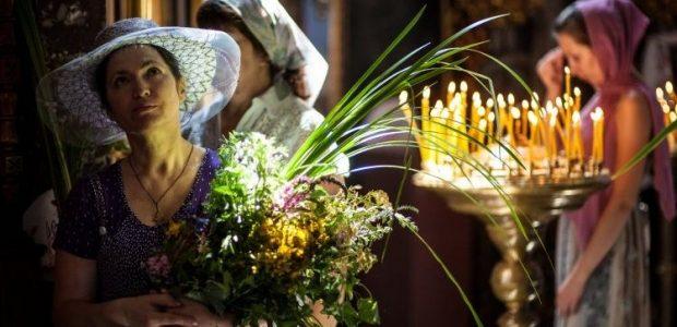Розклад богослужінь у львівських храмах на Трійцю