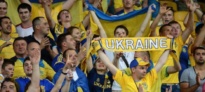 Неймовірне виконання: як на матчі збірної у Львові гімн співали (відео)