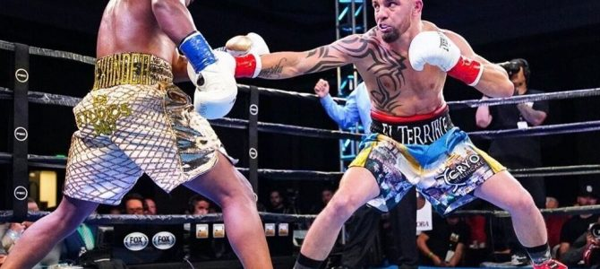 Українець Редкач створив сенсацію на рингу в Сан-Джасінто (штат Каліфорнія, США)