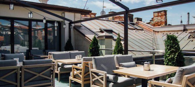 Де попити кави на терасі у Львові: ТОП-10 закладів