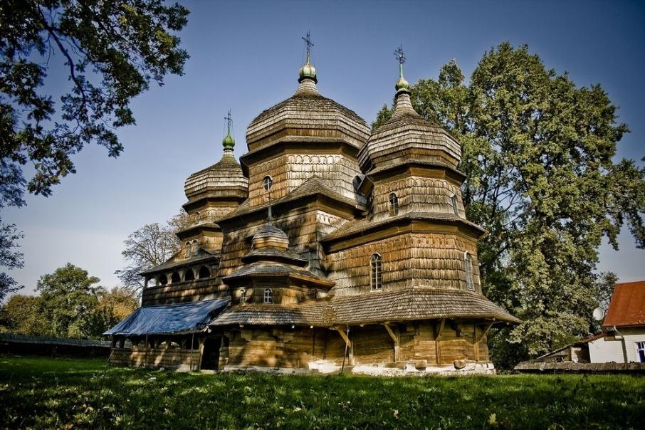 Церква святого Юра в Дрогобичі. Фото: stezhkamu.com