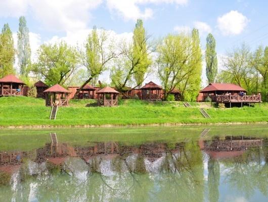 Бази відпочинку поблизу Львова: Дача