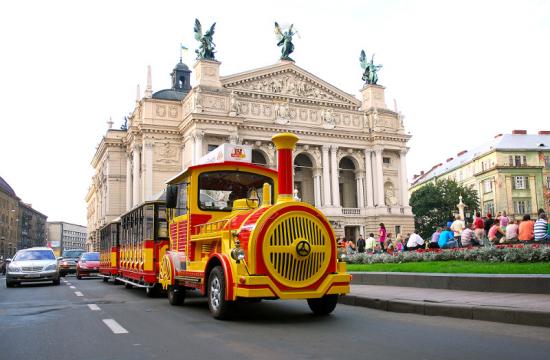 Львів'ян кличуть на безплатні екскурсії з нагоди Дня туризму (ПРОГРАМА)