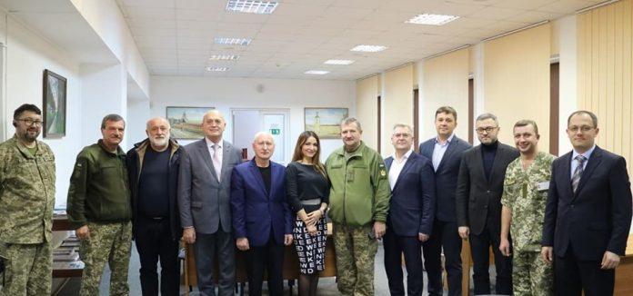 Львівські судді відмовились від корпоративу і допомогли військовому госпіталю (фото)