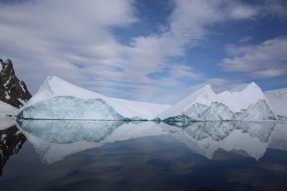 Загалом торік Антарктиду відвідали близько 50 000 осіб