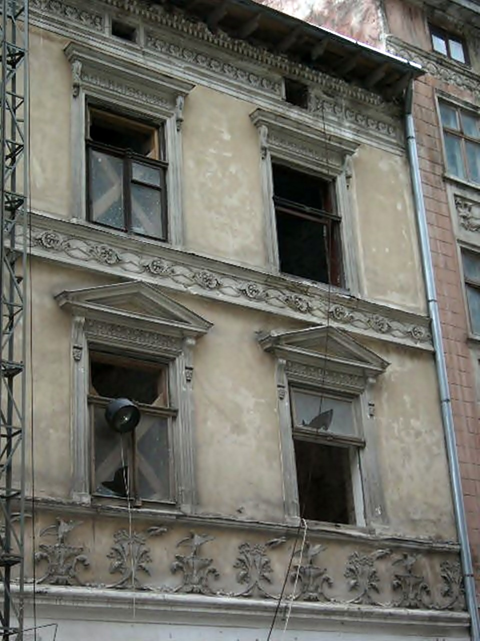 Будинок по Шевській, 12, 2000-і рр.