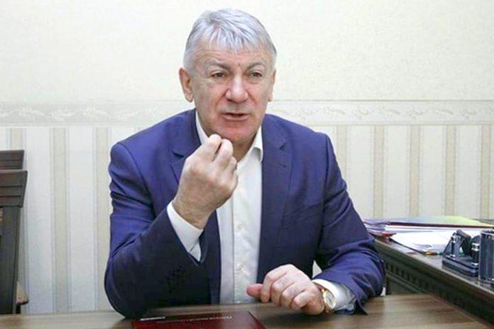 «Опозиція організувала шатун, Порошенко шукає, де би вразити владу»: генерал-майор СБУ Вовк зробив заяву про протести у Нових Санжарах