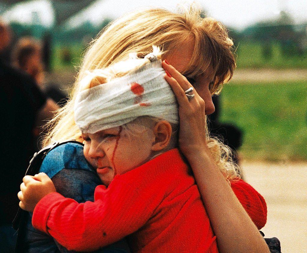 """Батько загиблих на Скнилові: """"Я помер у своїх дітях"""" - BBC News ..."""