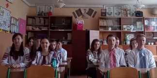 """""""Мамо, я тебе люблю"""" - школярам вдалося зробити надзвичайно емоційний соціальний експеримент (відео)"""