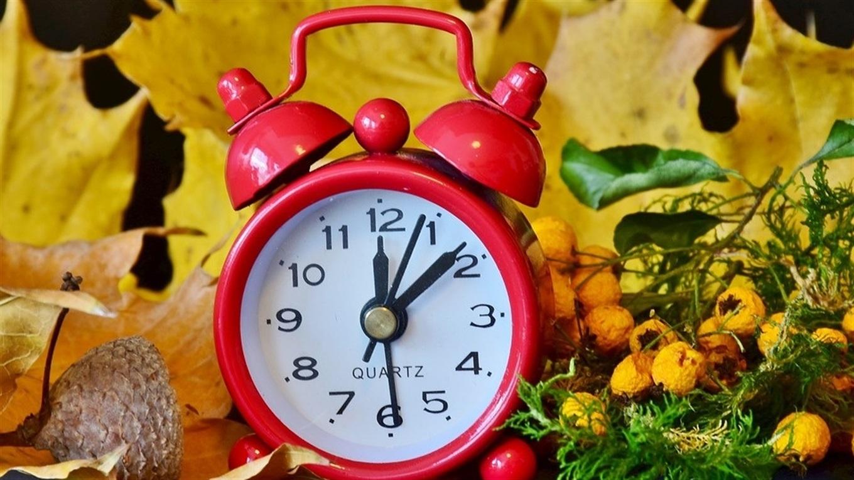 Перехід на зимовий час: коли барчанам треба перевести годинники