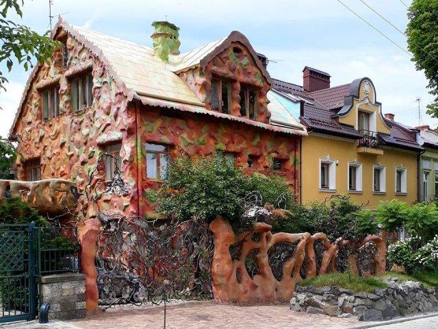 Пластиліновий будинок у Львові, Фото - з відкритого доступу