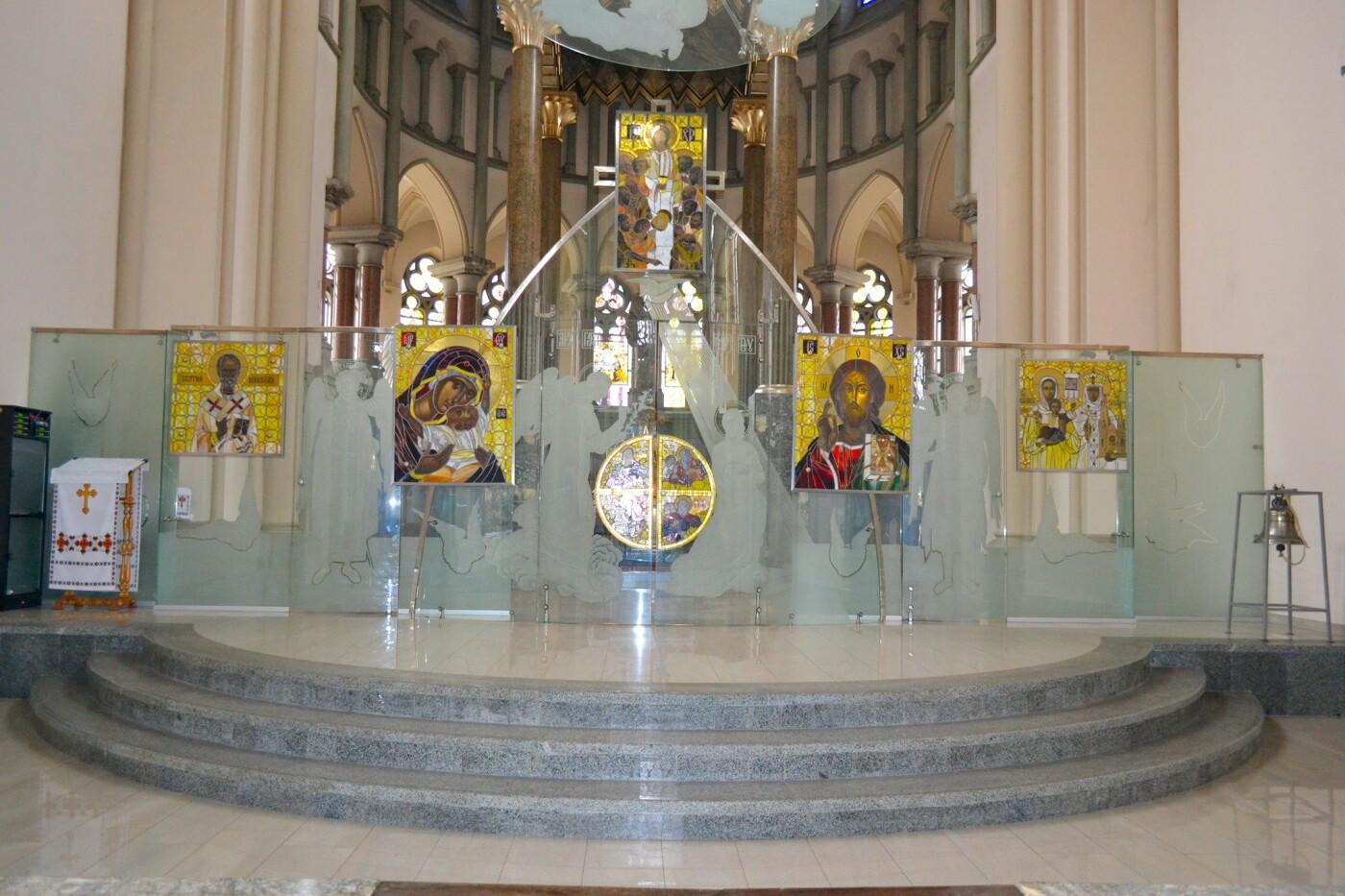 Іконостас у церкві, Фото: Іван Галімурка, фейсбук