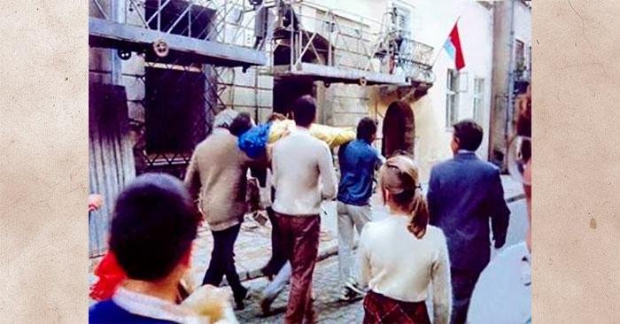 Мешканці королівського міста Лева квапляться змінити червоно-лазурову символіку на синьо-жовту
