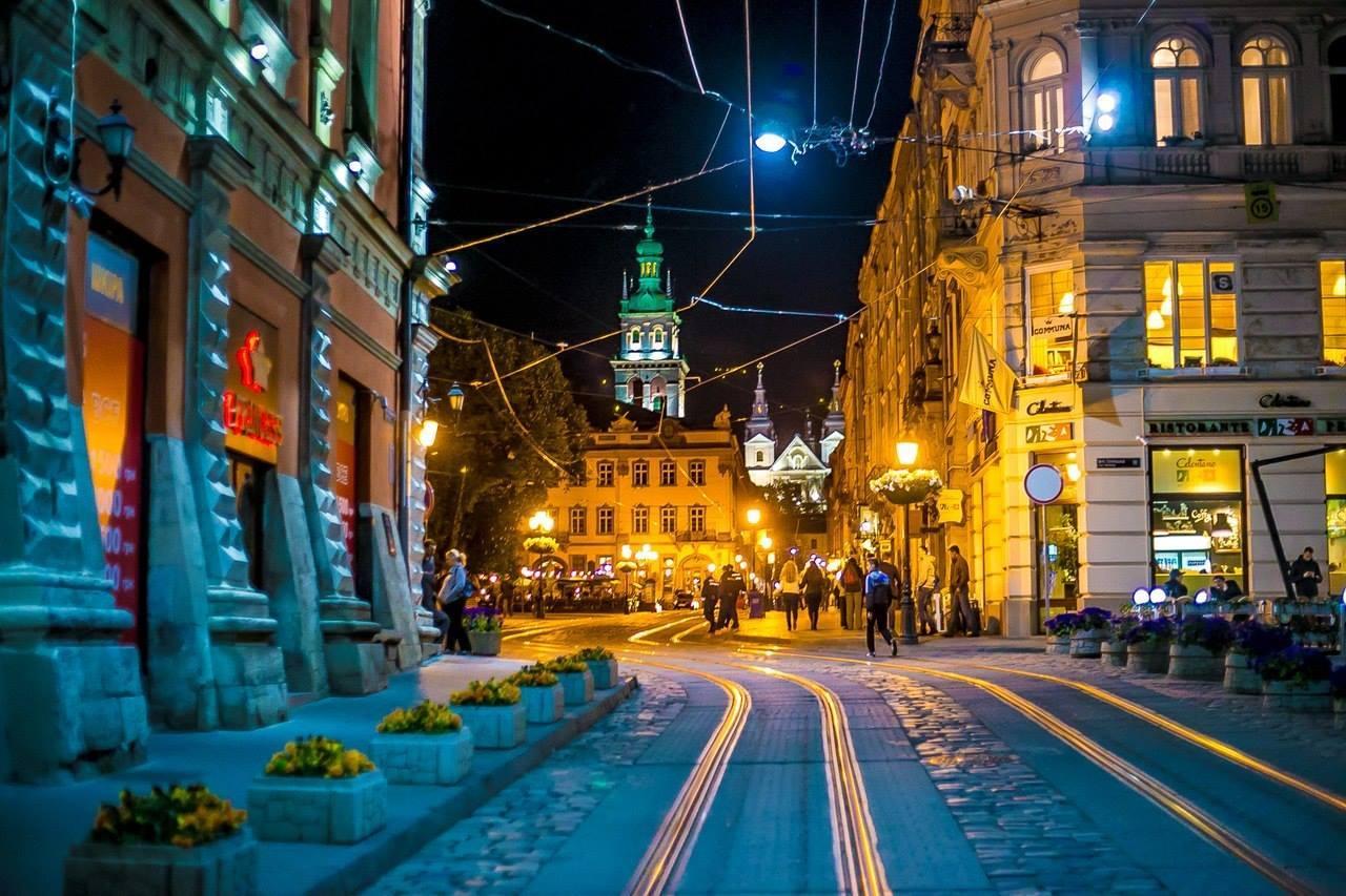 Нічний Львів © skyscrapercity.com