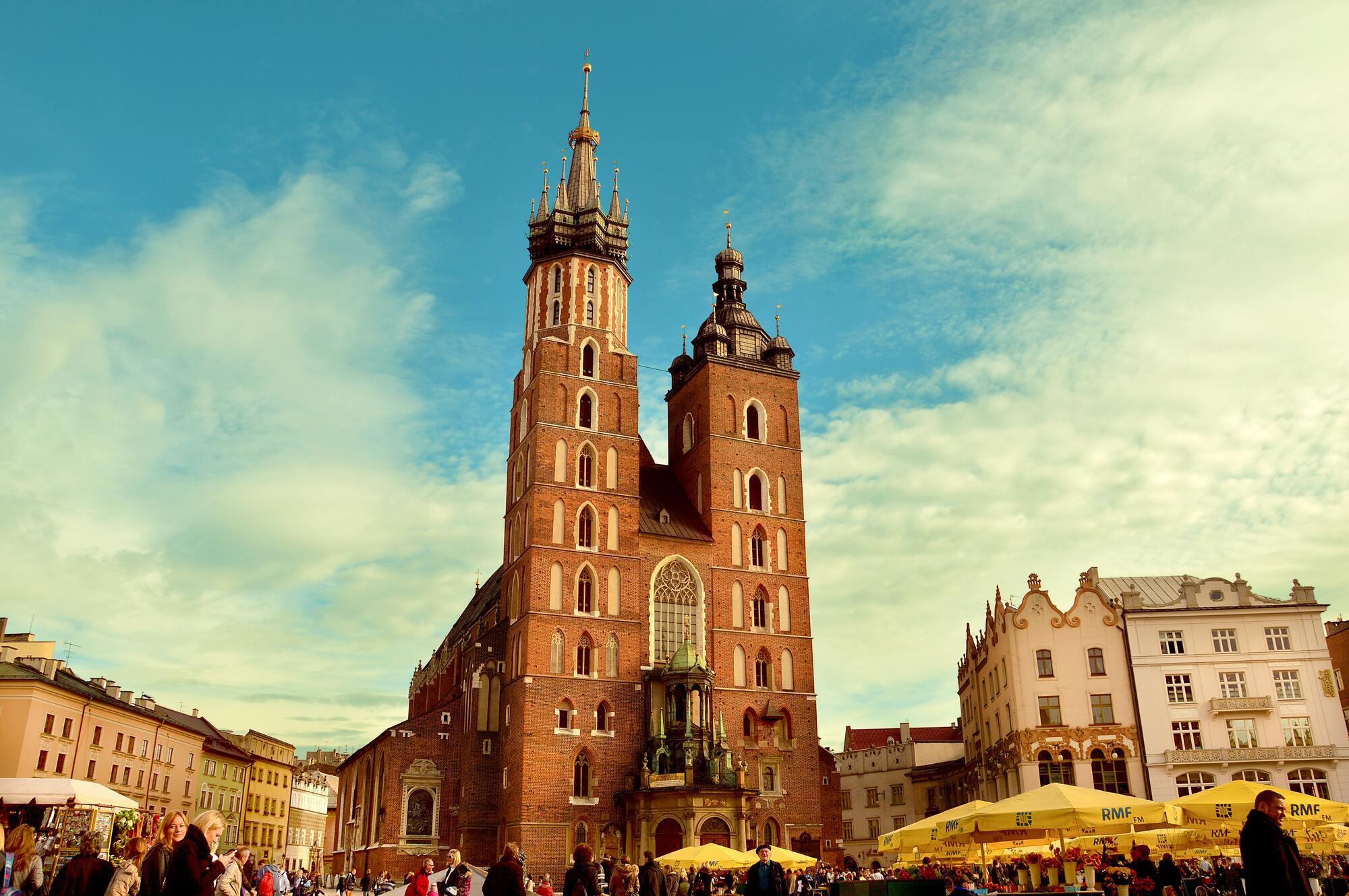 У Польщі дуже високі податки