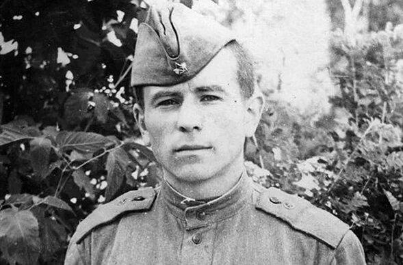 Михайло Поплавський в армії.